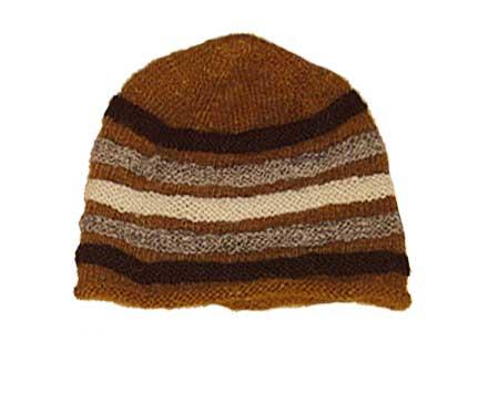 Bonnet couleur naturelle avec bandes de relief