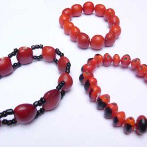 00167-bracelets-elastiques-en-graines-huayruro