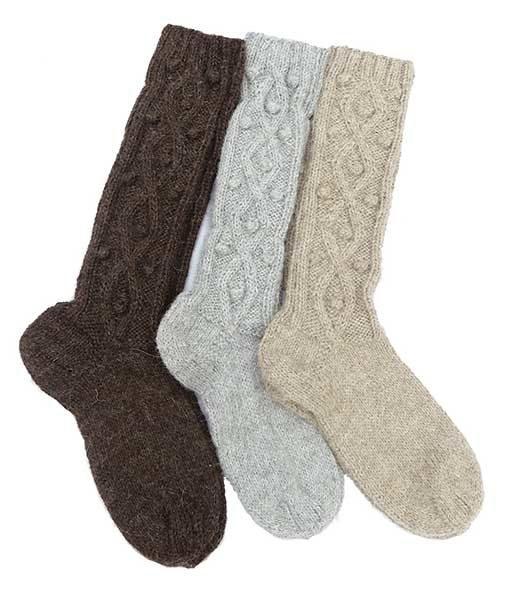 00364-chaussettes-longues-couleurs-naturelles-unies-motifs-en-relief